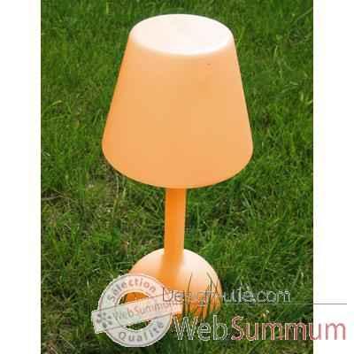 lampe solaire daylight orange de bloom dans lampe solaire ext rieure sur design utile. Black Bedroom Furniture Sets. Home Design Ideas